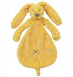 Yellow-Rabbit-Richie-Tuttle
